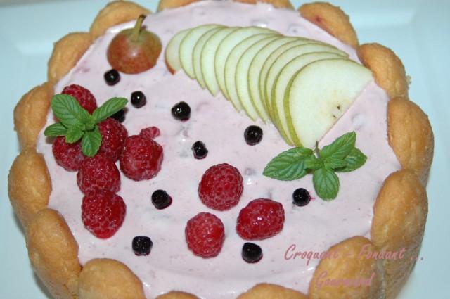 Charlotte aux poires et aux fruits rouges -DSC_4019_12194