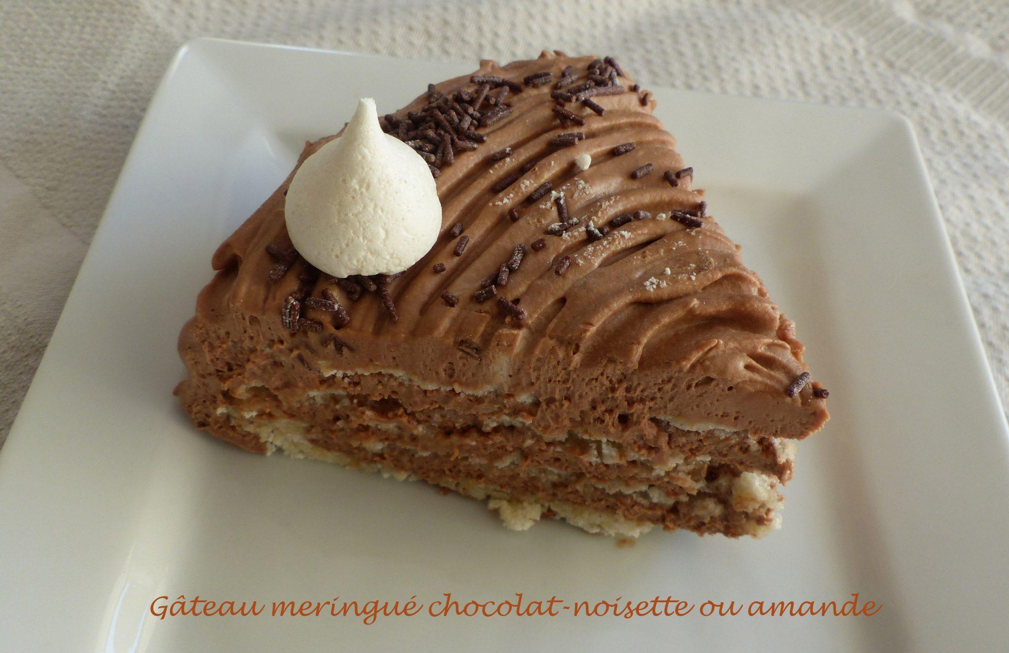 Gâteau meringué chocolat-noisette ou amande P1080441 R