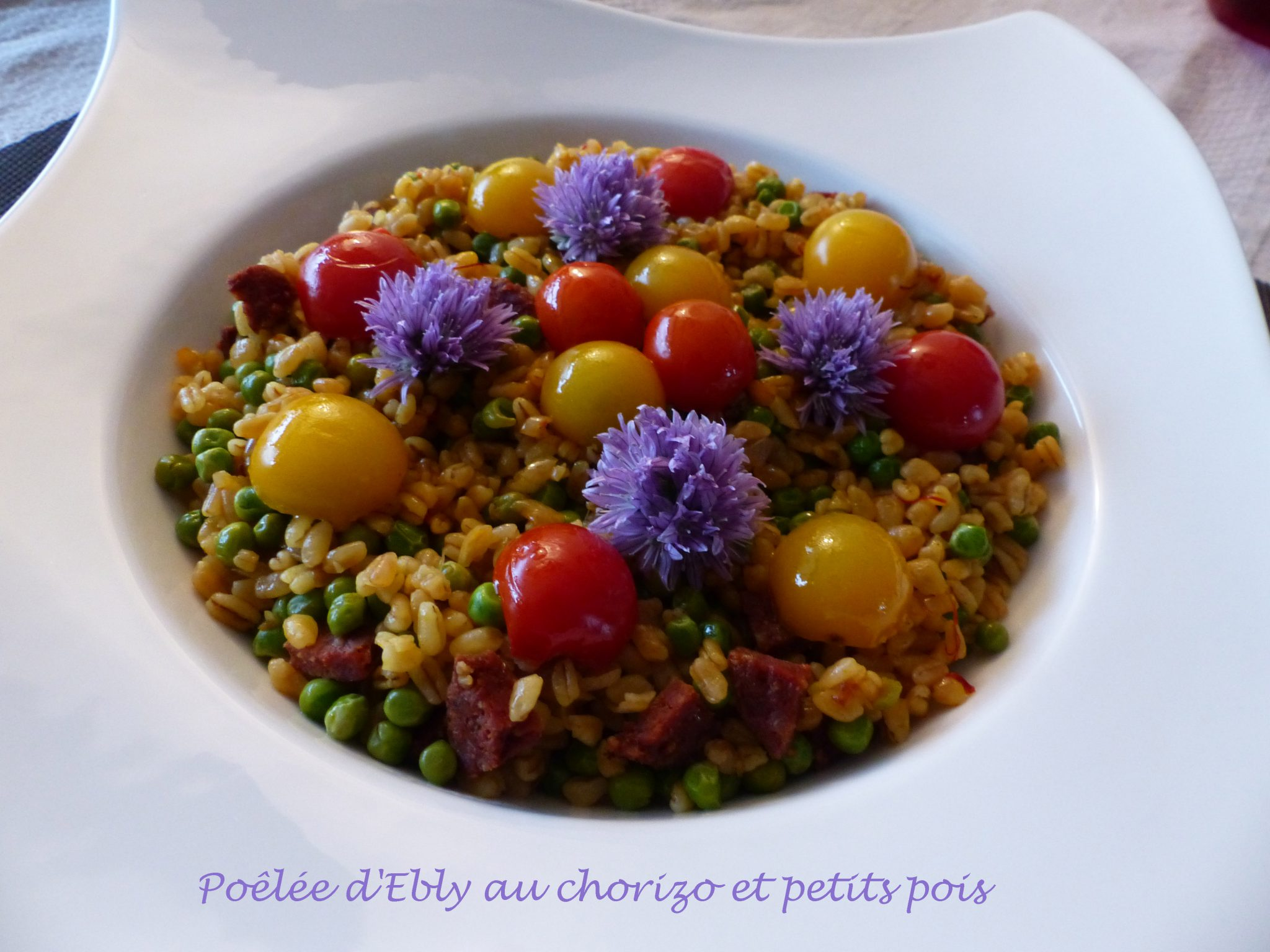 Poêlée d'Ebly au chorizo et petits pois P1100597 R
