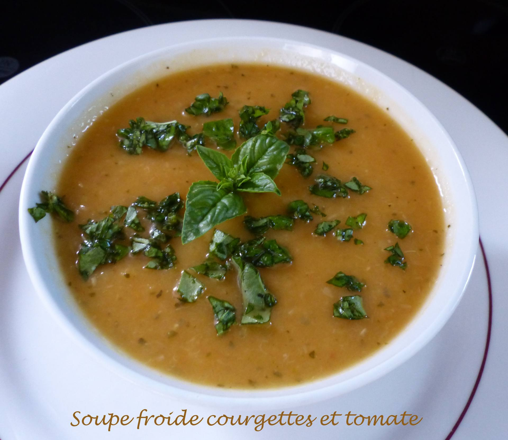 Soupe froide courgettes et tomate P1180589 R
